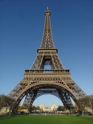 صور - معلومات عن برج ايفل بالصور والفيديو