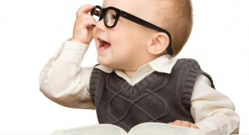 صور - طريقة تنمية ذكاء الطفل