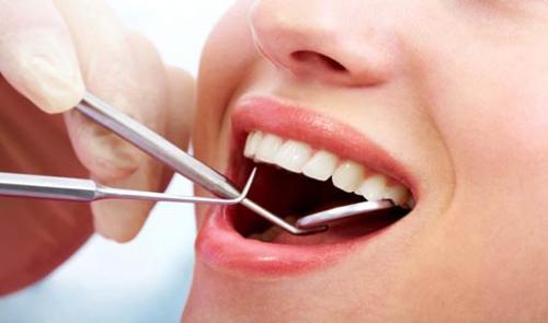 صور - طريقة الحفاظ على الاسنان قوية وصحية