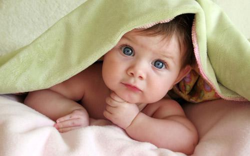 صور - اضرار التدخين السلبي على صحة الطفل الرضيع