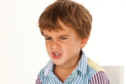 صور - كيفية التعامل مع الاطفال عند الغضب