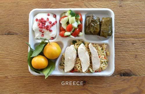 صور - صور وجبات المدارس في دول العالم