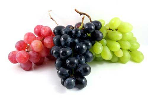 تعرف على فوائد العنب واضراره الصحية ؟