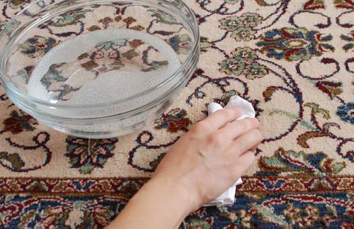 صور - كيف يمكنك تنظيف السجاد بطريقة سهلة و بسيطة