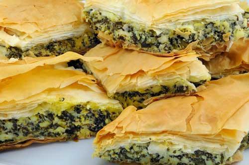 صور - طريقة عمل فطائر السبانخ بالجبنة