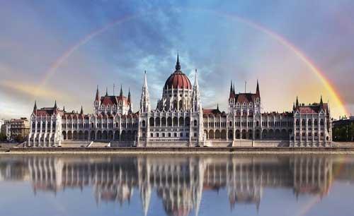 صور - اين تقع بودابست ؟