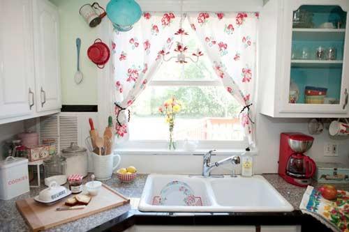 صور - اشكال عصرية من ستائر المطبخ بالصور