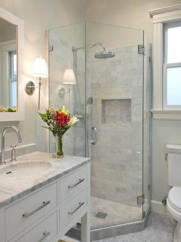 صور - 8 قواعد تتحدي مساحة الحمام الصغير