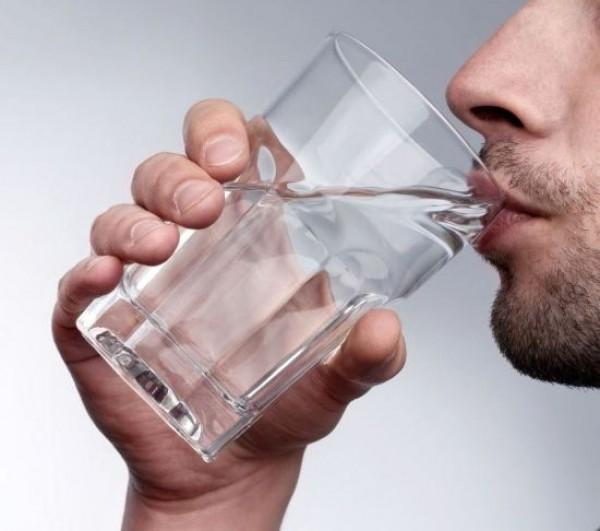 ما هى فوائد الماء الصحية للجسم ؟