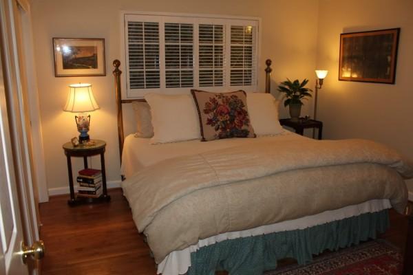 10x12 Bedroom Queen Bed