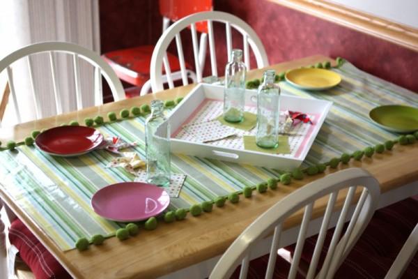 صور - اجمل مفارش طاولات من المشمع