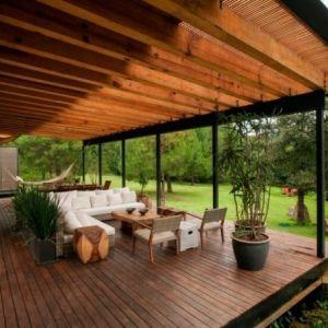 اجمل الحدائق المنزلية بارضيات خشبية