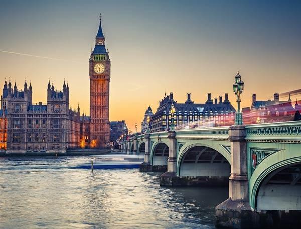 لندن عاصمة بريطانيا ماجيك بوكس
