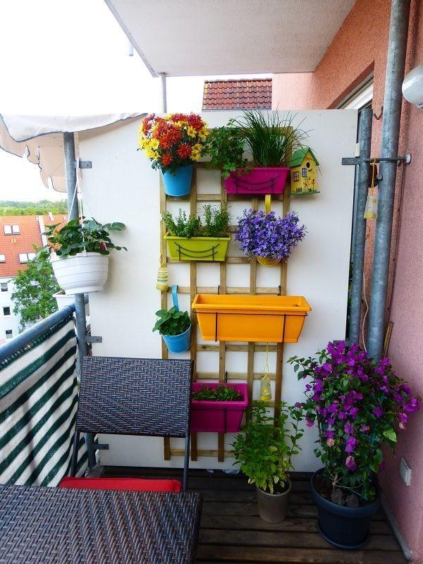 افكار تجعل ديكور بلكونة المنزل وكانها حديقة منزلية رائعة