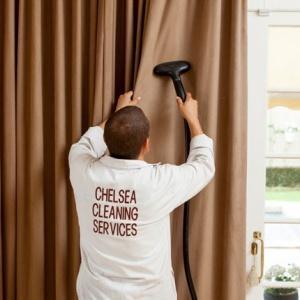 طريقة تنظيف الستائر والبراقع بكل سهولة وهى فى مكانها
