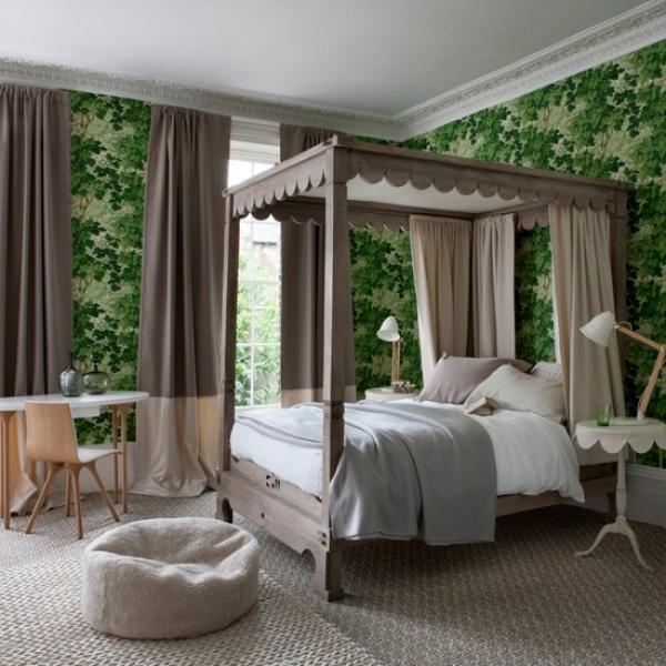 استخدام ورق الجدران في غرف النوم الكلاسيك