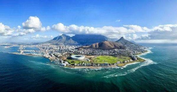 كيب تاون عاصمة دولة جنوب افريقيا
