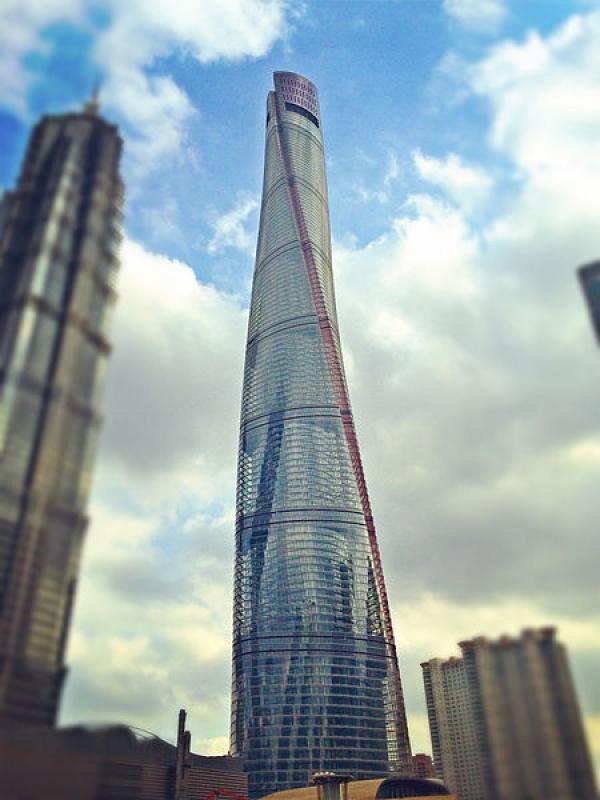 برج شنغهاي في الصين من اطول ابراج العالم