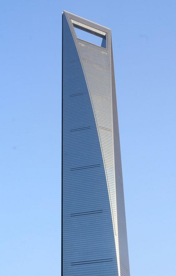 المركز المالي العالمي في الصين من اطول ابراج العالم