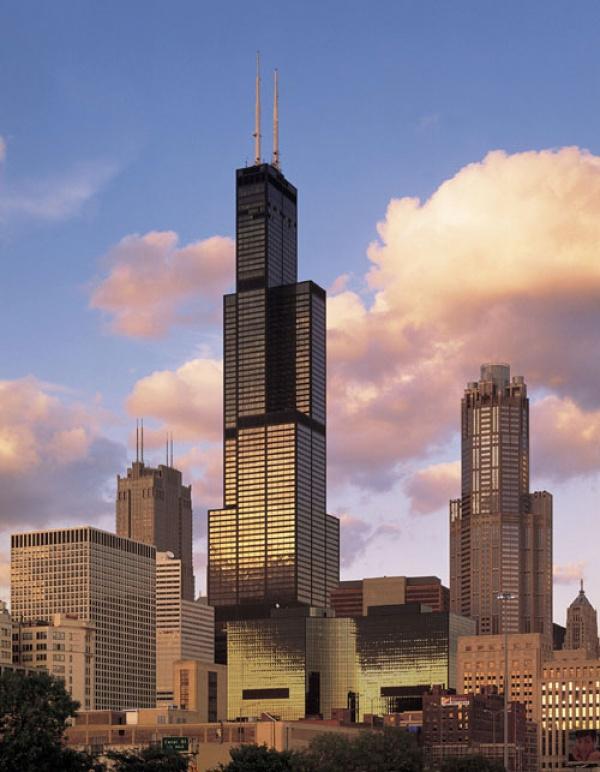 برج ويليس في شيكاغو من اطول ابراج العالم