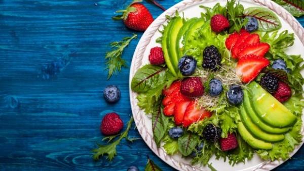 الاطعمة التي تساعد على تخفيف الوزن