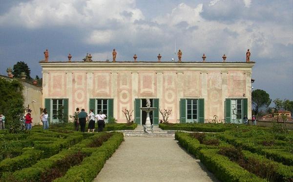حدائق بوبولي وقصر بيتي من افضل الاماكن في فلورنسا