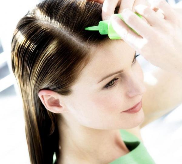 علاج الشعر الدهني في المنزل